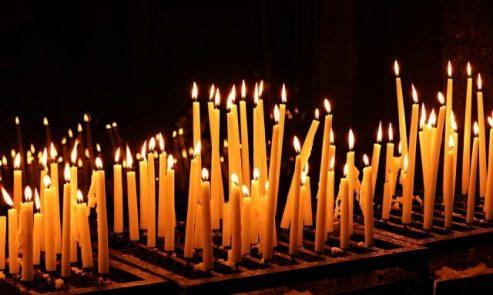 Задушнице – молитвено сећање на покојне сроднике